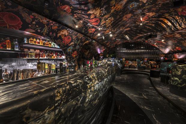 Фото №4 - Ночной клуб Sechser в Вене