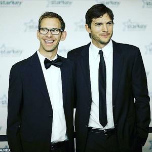 Фото №4 - Как две капли воды: самые известные близнецы Голливуда