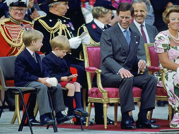 Фото №6 - Счастливые годы: самые трогательные фото принца Чарльза с сыновьями