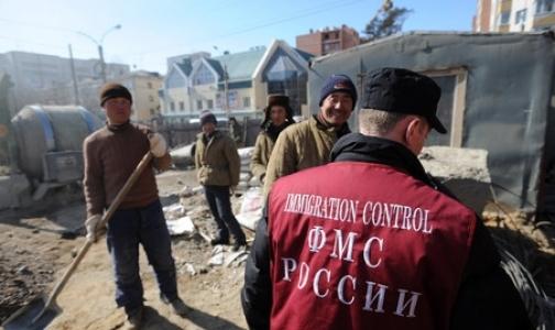 Фото №1 - Как в Петербурге проверяют мигрантов на наличие инфекционных заболеваний