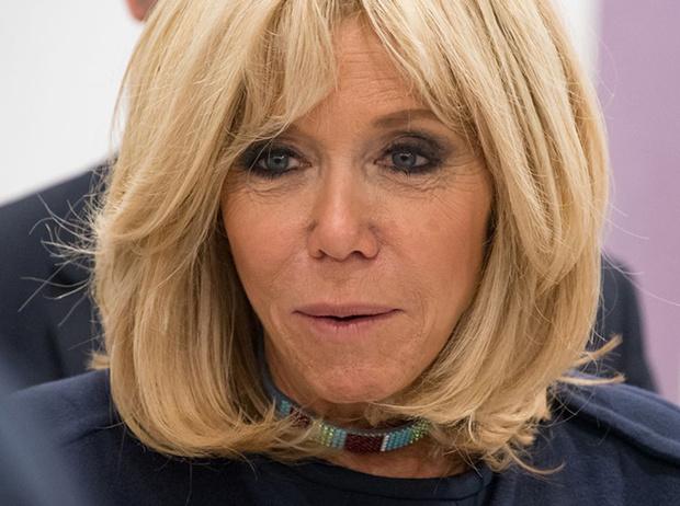 Фото №17 - Как Брижит Макрон бросает вызов возрасту: anti-age терапия от первой леди Франции