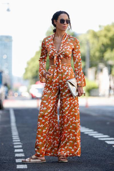 Фото №5 - Модный тренд: что такое биркенштоки и почему их носят все