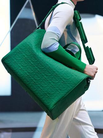 Фото №13 - Самые модные сумки осени и зимы 2021/22
