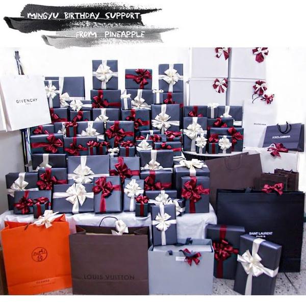 Фото №3 - 7 необычных подарков, которые к-поп айдолы получали от фанатов