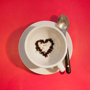 Фото №1 - Гадаем на кофейной гуще: что уготовила тебе судьба?
