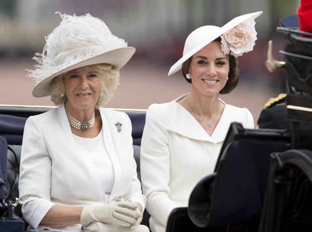 Фото №1 - Быть герцогиней: какой совет Камилла дала Кейт перед свадьбой