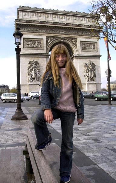 Фото №2 - Типпи из Африки: как маленькая француженка стала Маугли и лучшим другом львов