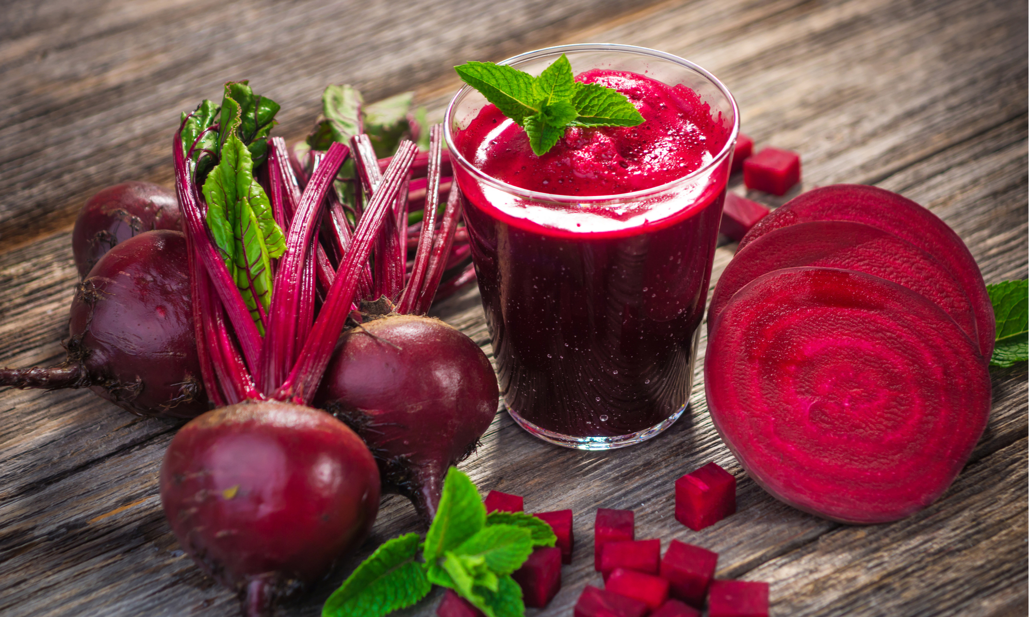 Можно ли есть свеклу каждый день, сколько грамм корнеплода нужно считать нормой, что будет, если употреблять сырой или приготовленный овощ ежесуточно?