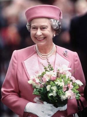Фото №3 - Королева самоиронии: самое забавное прозвище, которое Елизавета II дала сама себе