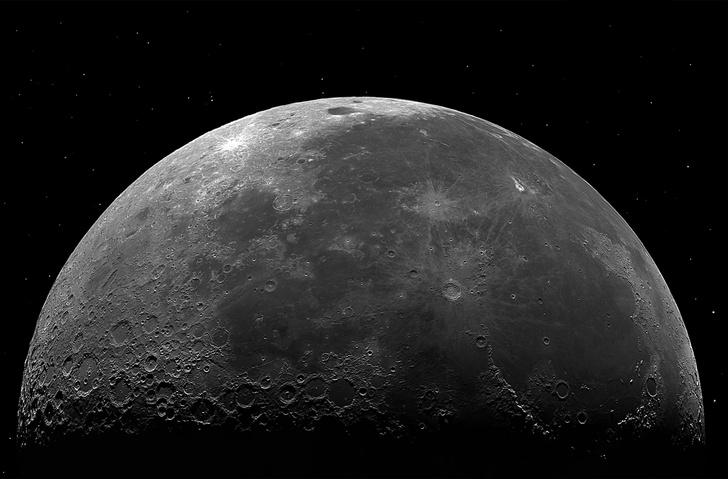 Фото №1 - Ученые сделали неожиданное открытие на Луне