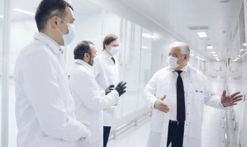 Фото №1 - В петербургских больницах начались испытания левилимаба для лечения осложнений при COVID-19