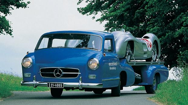 Фото №1 - Городам казалось, будто их опять занимают немцы: история уникального гоночного грузовика Mercedes-Benz