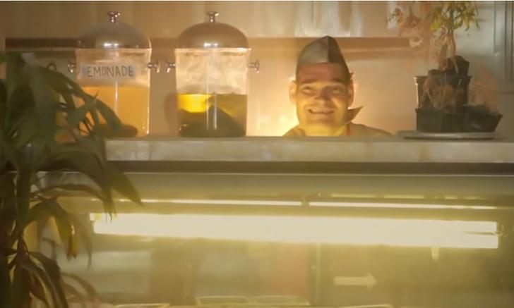 Фото №1 - Короткометражка недели: «Сэндвич с ветчиной» (фантастика, комедия, 2011, США, 6:47)