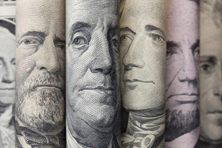 Фото №1 - Сколько всего в мире денег?
