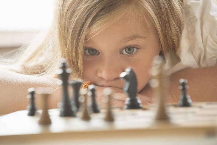 шахматы, шахматы для детей, шахматы для детей обучение, навыки, которые дают шахматы детям, раннее развитие, с какого возраста обучать шахматам