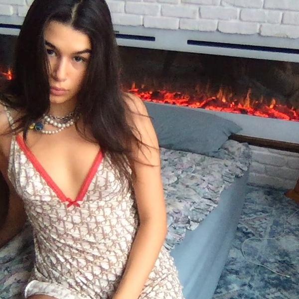 Иван Ургант старшая дочь фото