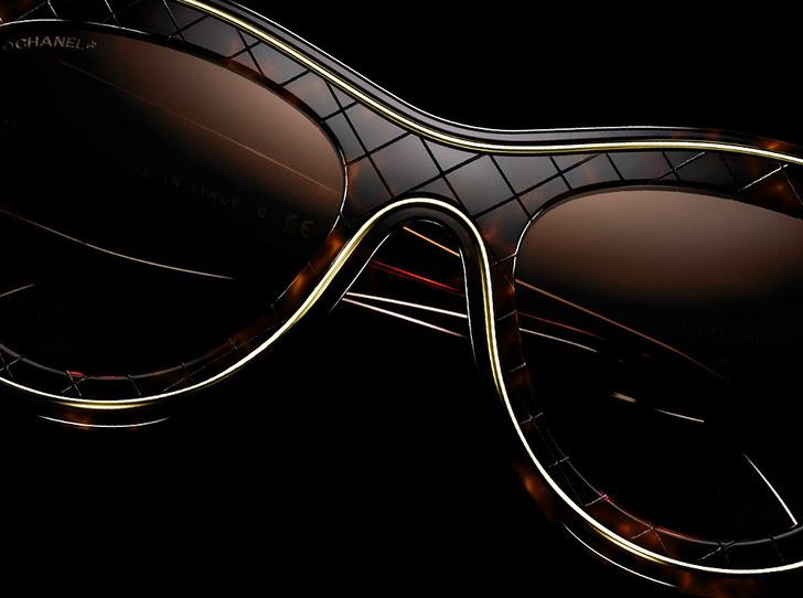 Фото №1 - Победа по очкам: 5 модных образов с главным летним аксессуаром