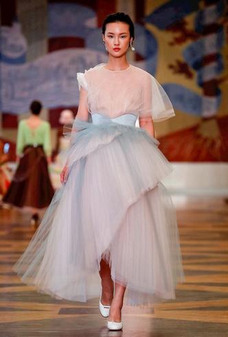 Фото №3 - Единороги в СССР: Ulyana Sergeenko Couture FW18