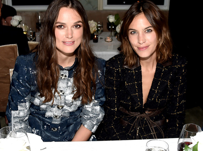 Фото №1 - Кира Найтли и другие голливудские звёзды на ужине Chanel Fine Jewelry