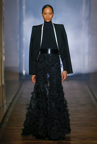 Фото №4 - Сработала четко: Givenchy Haute Couture SS18