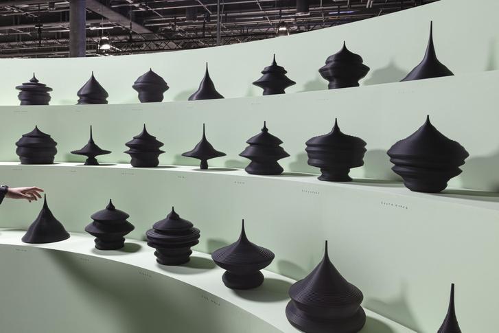 Фото №2 - Популяционные пирамиды Матье Леаннера на Art Basel