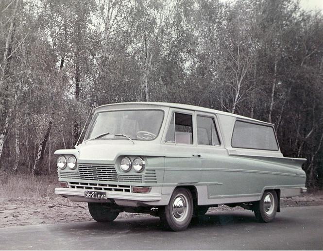 Фото №4 - Могли бы гордиться: 10 советских автомобилей, которым не стыдно было бы оказаться иномарками
