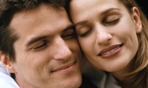 Фото №1 - Слухи о любви как о психическом заболевании оказались преувеличенными