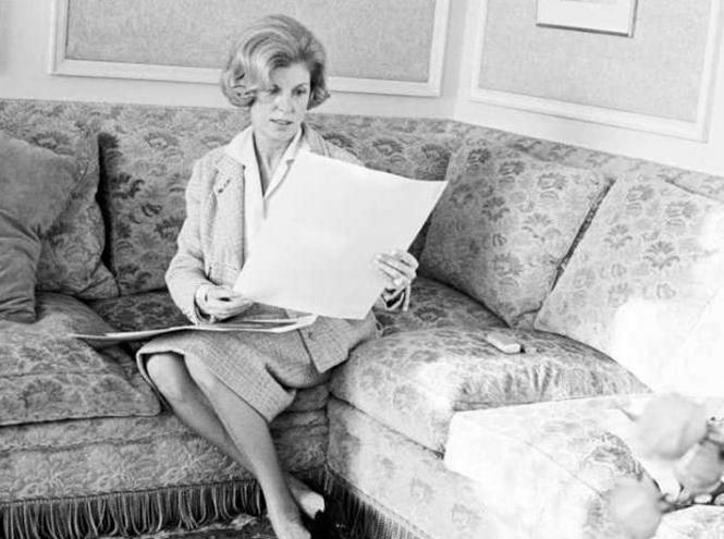 Фото №12 - Первые леди Франции: от Ивонны де Голль до Карлы Бруни-Саркози