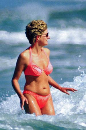 Фото №26 - Принцесса пляжа: бикини-стиль Дианы