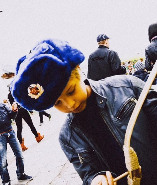 Фото №3 - «В 16 лет ушел на фронт, горел, 14 часов пробыл в воде»: Водянова, Лопырева и другие звезды вспоминают подвиги своих предков на фронте
