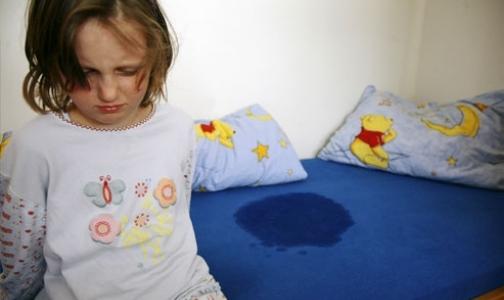 Фото №1 - В Петербурге 50 тысяч детей страдают ночным энурезом