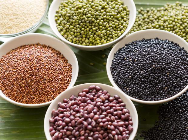 Фото №7 - 7 полезных продуктов, которые вредят здоровью и фигуре