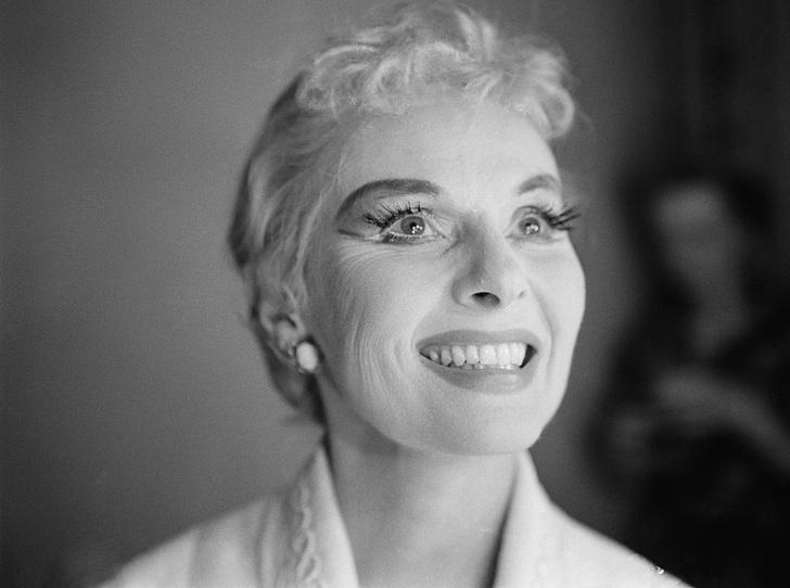 Фото №6 - Самые опасные бьюти-процедуры: каких жертв требовала красота в прошлом