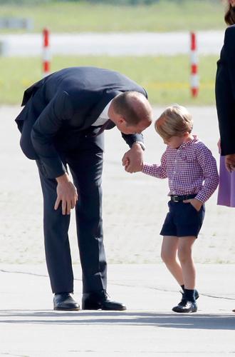 Фото №5 - Какая родительская привычка Кейт и Уильяма вдохновляет звезд (но раздражает Королеву)