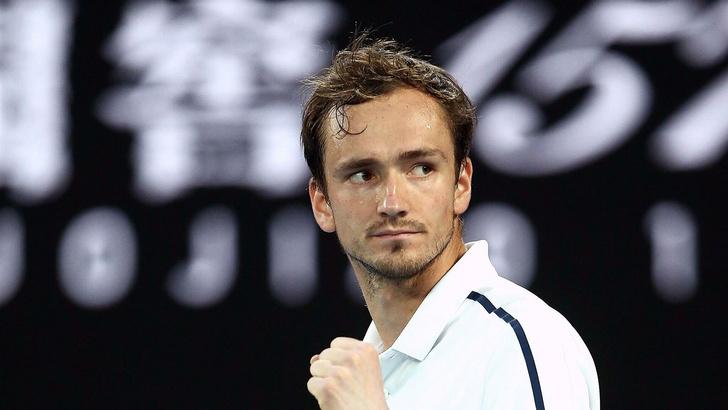 Фото №1 - Даниил Медведев: что нужно знать о российском теннисисте, который творит историю и зарабатывает 1,5 миллиона долларов за вечер