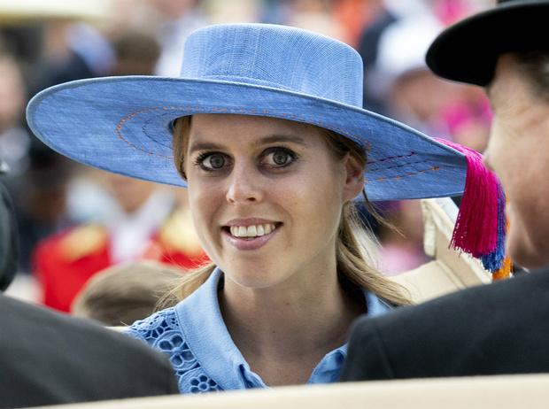 Фото №4 - Прощай, Англия: куда и почему планирует переехать принцесса Беатрис
