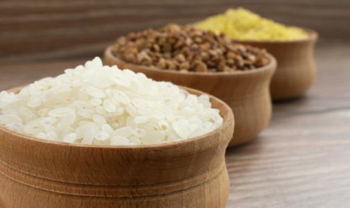 Фото №1 - Пшенка для снижения холестерина в крови и греча от бессонницы: Какую пользу могут принести каши