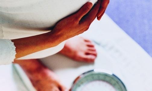 Фото №1 - Жириновский предлагает ввести налог для женщин, приезжающих рожать в Россию