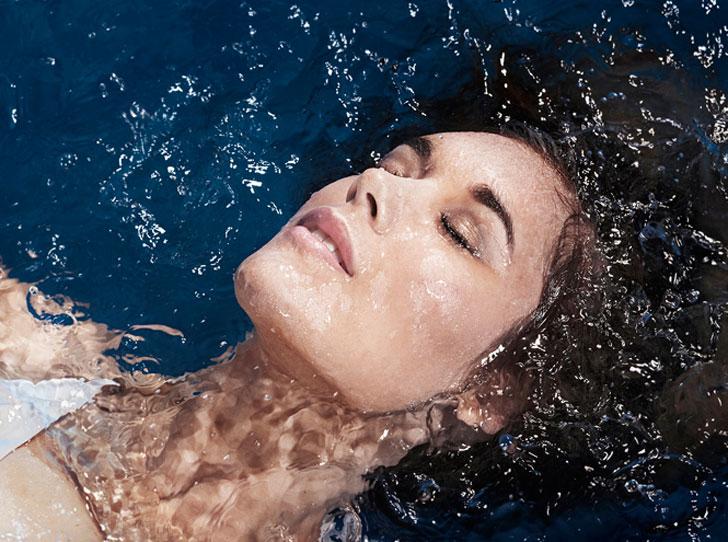 Фото №1 - Добавь воды: 5 ежедневных ошибок при увлажнении кожи