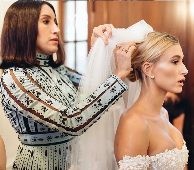 Фото №2 - Об ошибках при укладке волос и самом главном тренде 2021: рассказывает стилист по волосам сестер Кардашьян, Хейли Бибер и Эмили Ратаковски