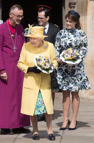 Фото №11 - 3 в 1: как британские модницы носят похожие платья Erdem