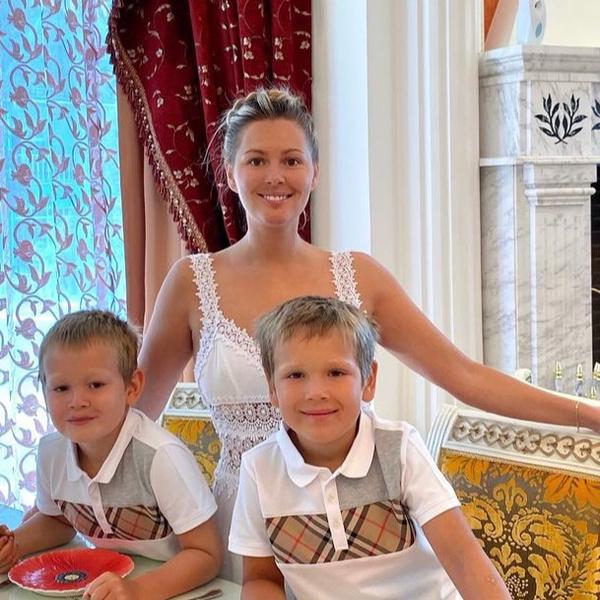 Мария Кожевникова перевела сыновей на домашнее обучение из-за коронавируса