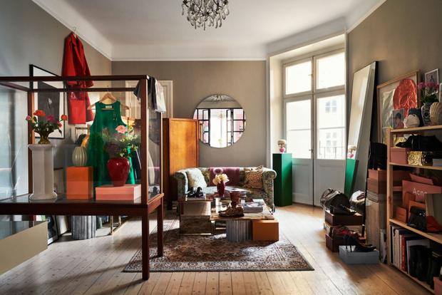 Фото №1 - Квартира с винтажной мебелью в Стокгольме