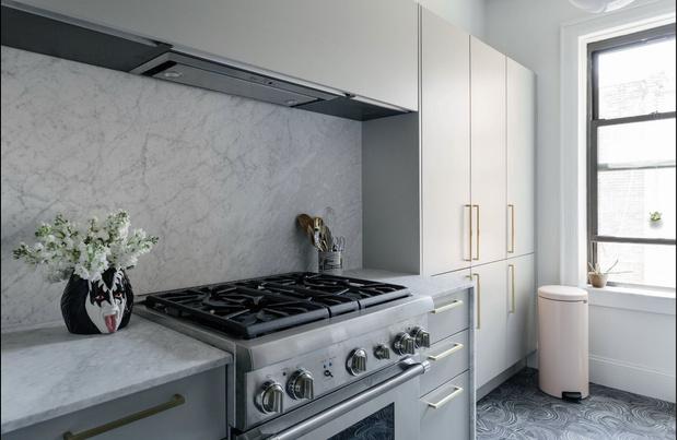 Фото №7 - Романтичная квартира в довоенном доме в Бруклине