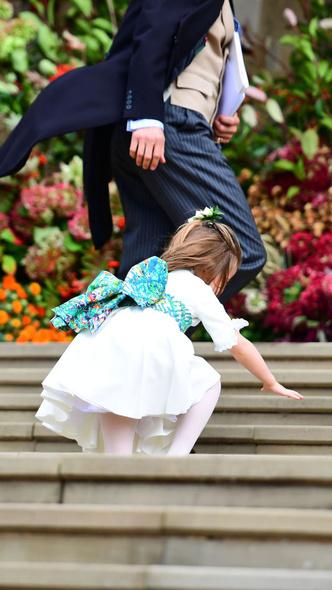 Фото №8 - Самые милые фото Джорджа и Шарлотты на королевских (и не только) свадьбах