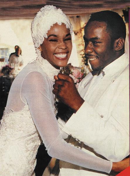 Фото №17 - Проверка связи: звезды, которые берегли себя до брака