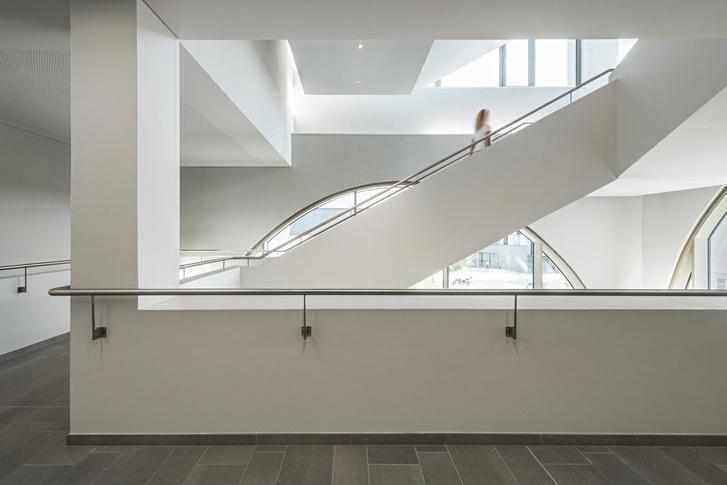 Фото №8 - Новое здание медицинского института в Зальцбурге