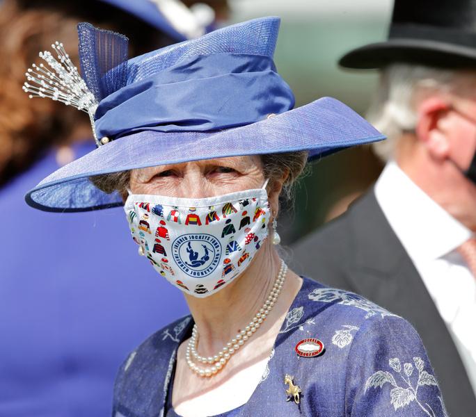 Фото №4 - Лучшие образы на открытии Royal Ascot 2021 (и немного безумных шляп)