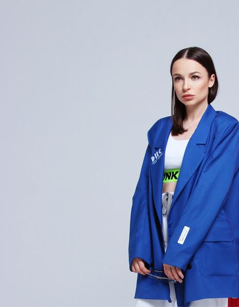 Фото №15 - «Хотелось бы поработать с Водяновой, Gucci, Милохиным»: как дизайнеры DNK прошли путь от хобби к успешному бренду