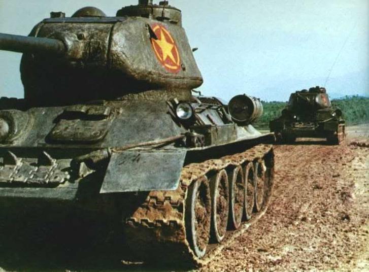 Фото №1 - Трофей из России— легендарный Т-34 на службе вдали от дома